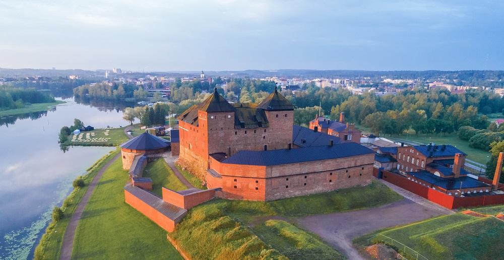 Hämeenlinnassa ICT tukee ja auttaa toimialoja uudistumisessa